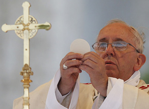 pope-francis-communion