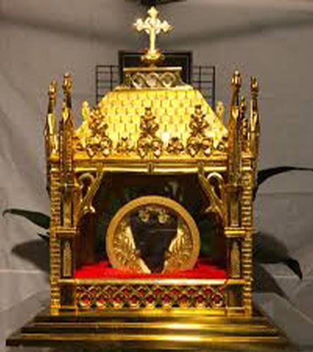 relic-Saint-John-Vianney's-Incorrupt-Heart-2